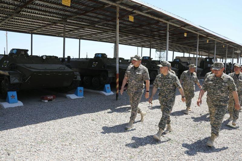 Министр обороны РК находится в городе Арысь