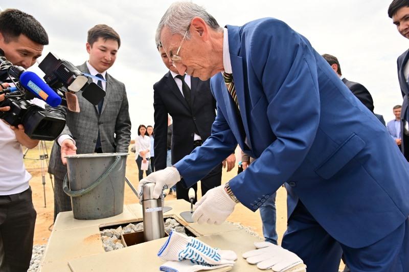 Цех по выпуску лакокрасочной продукции и штукатурки открылся в Актобе