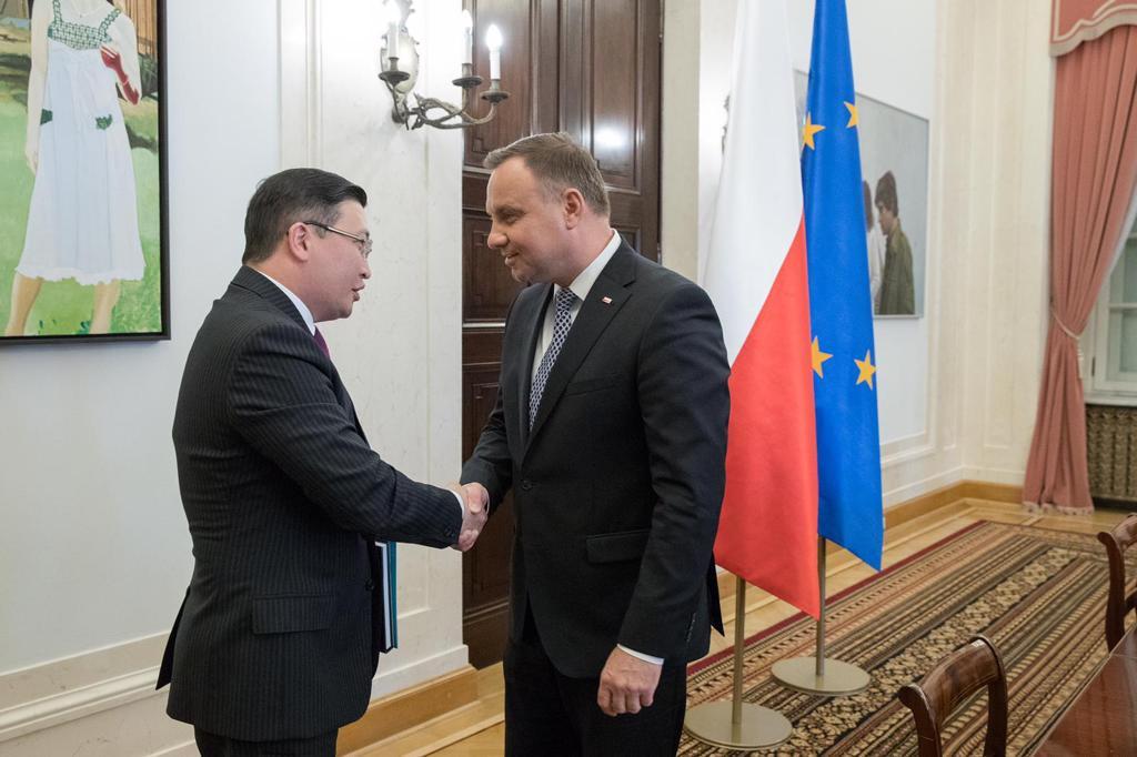 Президент Польши выразил готовность к продолжению диалога с руководством Казахстана