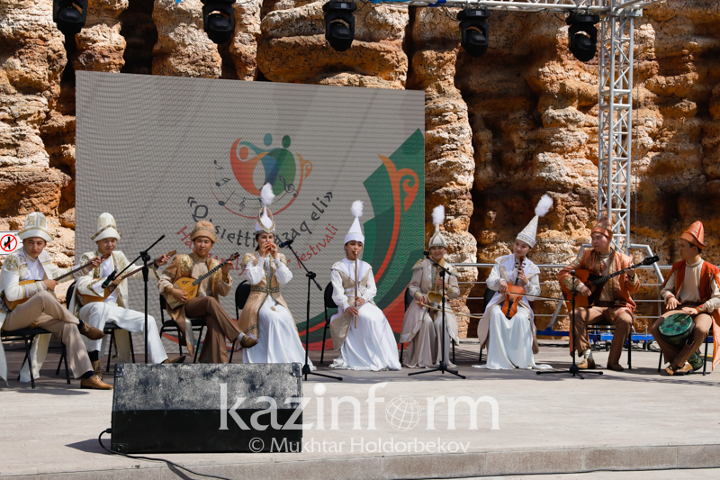 Elordada «Qasıetti qazaq eli» dástúrli halyqaralyq óner festıvali ótýde