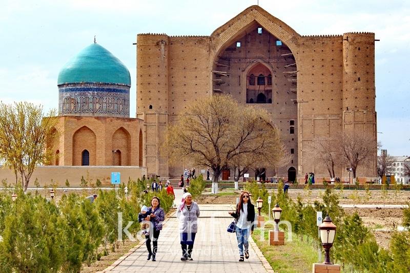 Территорию мавзолея Ходжа Ахмета Яссави благоустроят