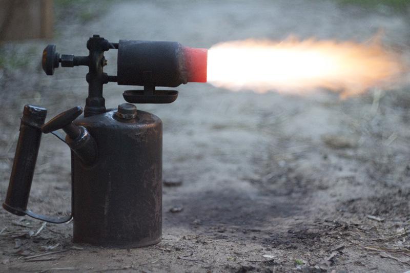 90% ожогов тела из-за паяльной лампы получил житель ВКО