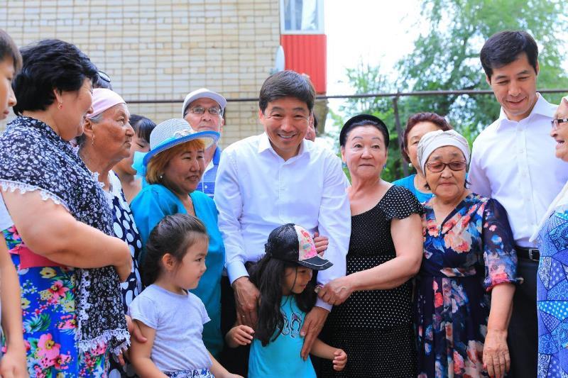 Бауыржан Байбек подверг критике работу фракции Nur Otan в Западно-Казахстанской области