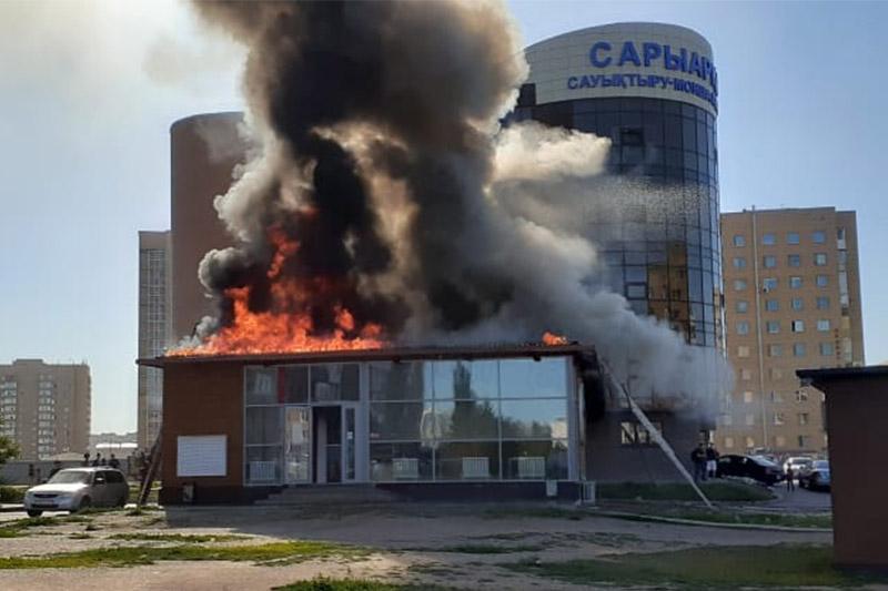 Кафе горит в столице