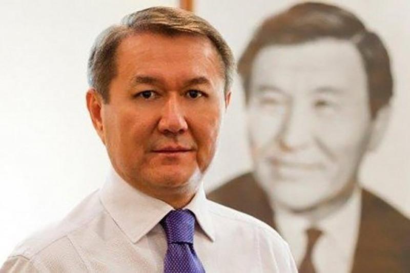 Ермек Аманшаев  Премьер-Министр Кеңсесі басшысының орынбасары болды