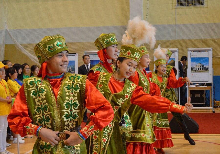 Для детей зарубежной казахской диаспоры заработала летняя школа в Нур-Султане