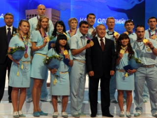 Kazakh President awards national orders to Olympic medalists