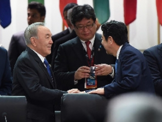 President Nazarbayev holds talks with world leaders in Washington