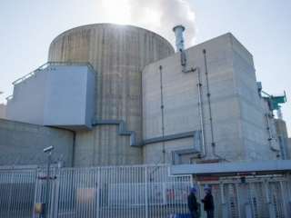 French labour dispute: Nuclear power plant workers to join strike