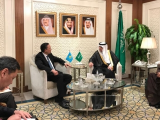 Minister Abrakhmanov meets with Saudi counterparts, businessmen