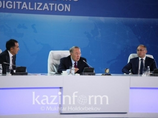 I envy you - Nazarbayev says to ministers