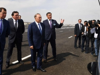 President inspects construction of new bridge in Taraz