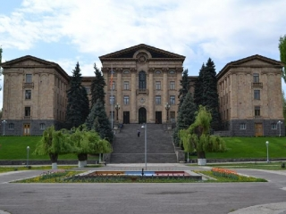 Armenian president signs decree on early parliamentary elections
