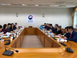 Kazakh-Korean inter-ministerial consultations held in Seoul