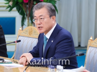 President Moon Jae-in thanks Kazakhstan for supporting Korean peace process