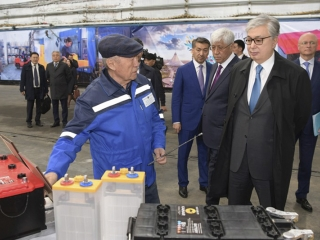 Head of State visits battery factory in Taldykorgan