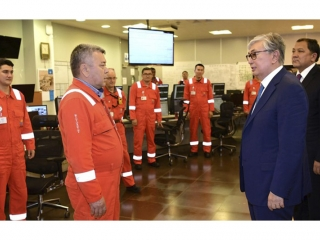 Tokayev visits Bolashak oil and gas refinery