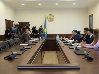 Kazakhstan CEC Chairman meets with head of Turkic Council delegation