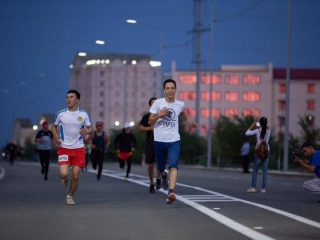 Thousand people partake in Atyrau night footrace